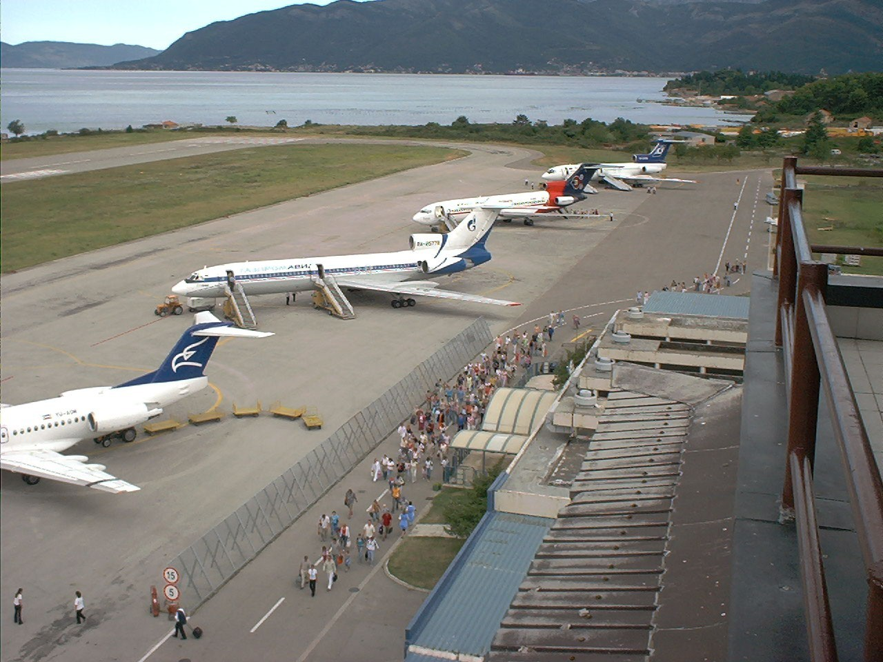 аэропорт черногории