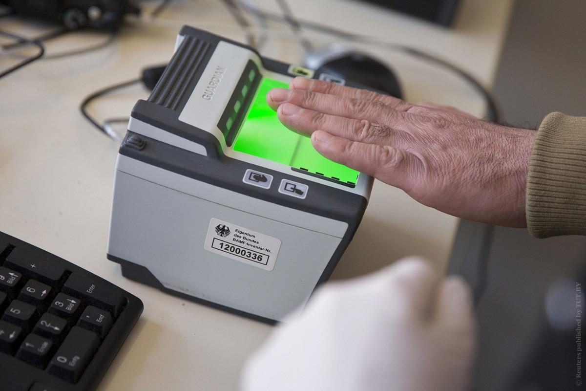 отпечатки пальцев для визы